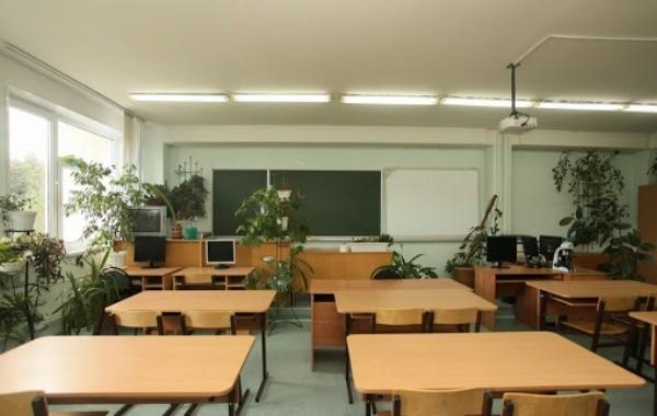 Весенние каникулы в российских школах продлили из-за коронавируса