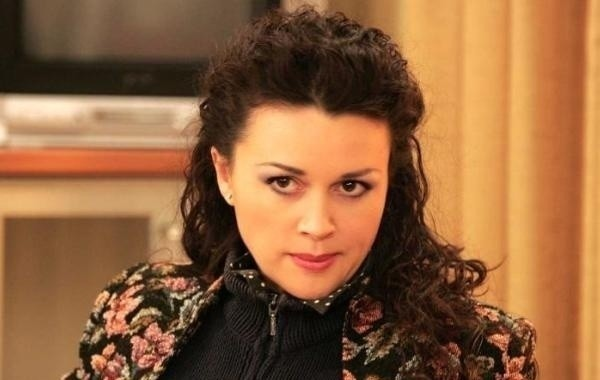Поклонники Анастасии Заворотнюк переживают за здоровье ее дочери