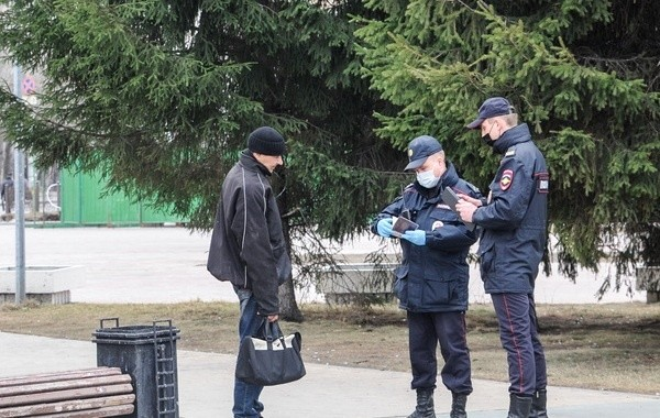 Москвичам рассказали о новом продлении карантина