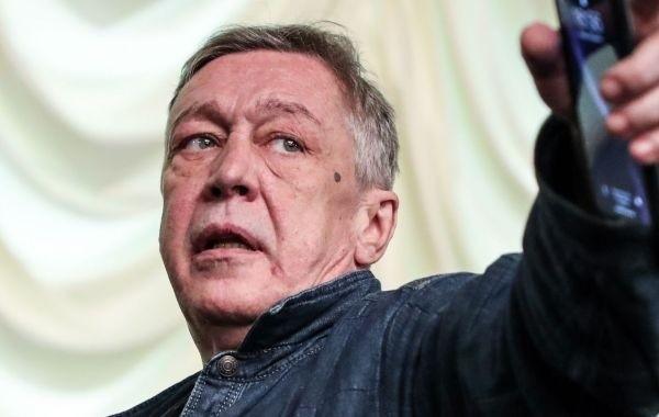 Ефремов готов усыновить детей погибшего Сергея Захарова