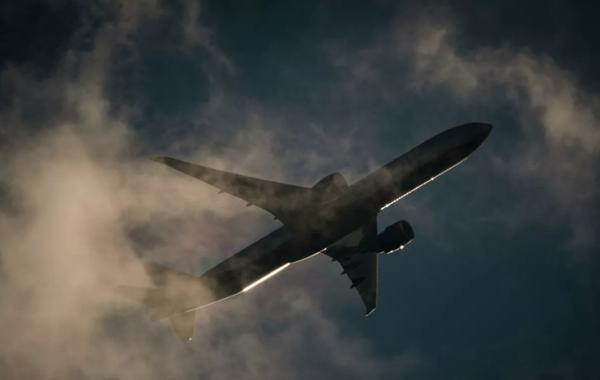 В России продлили запрет на международные авиарейсы
