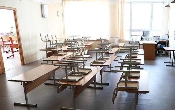 Чиновники пообещали начать учебный год традиционно