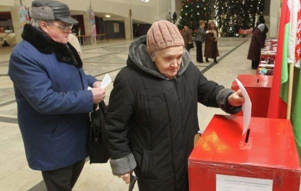 Названы лидеры президентской гонки в Белоруссии