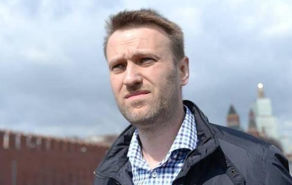 Познер вступился за медиков, которые лечили Навального