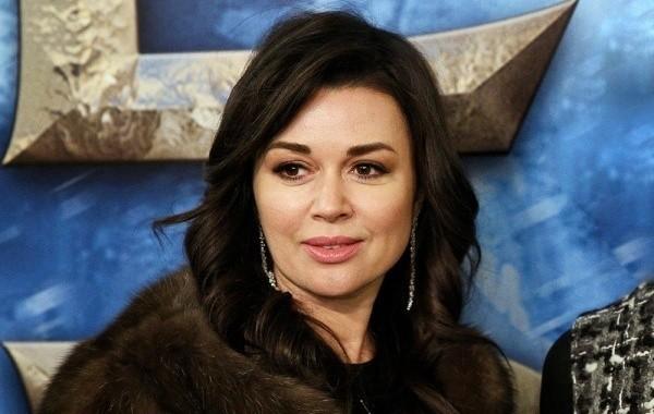 Источники сообщили об ухудшении внешности Заворотнюк