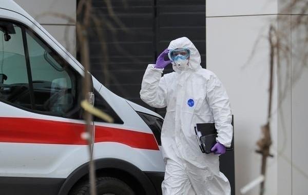 Специалисты констатируют начало второй волны коронавируса в России