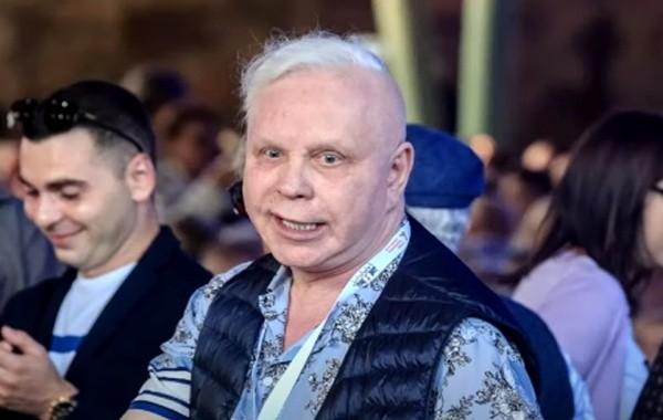 Певец Борис Моисеев после инсульта лишился дома