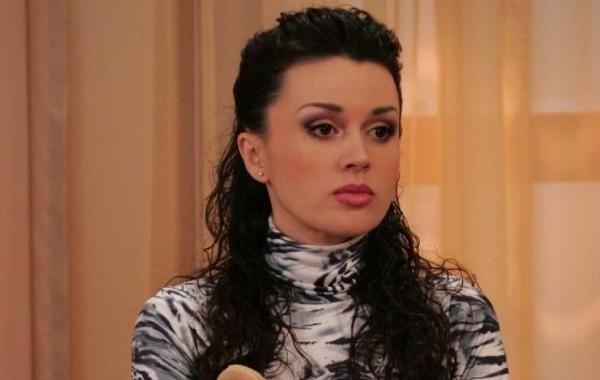 Анастасия Заворотнюк не может полностью справиться с онкологией