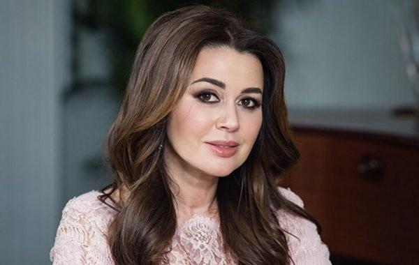 Дочь Анастасии Заворотнюк подтвердила ремиссию у актрисы