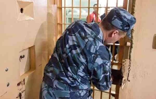 Путина попросили провести уголовную амнистию