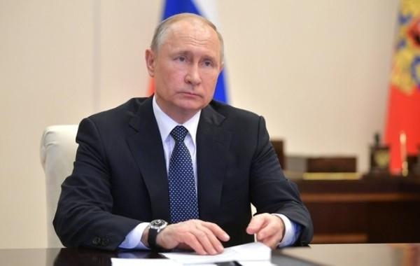 Путин объяснил, почему в России не будет жесткого карантина