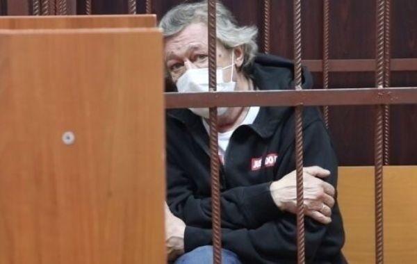 Ефремов планирует создать в СИЗО театр