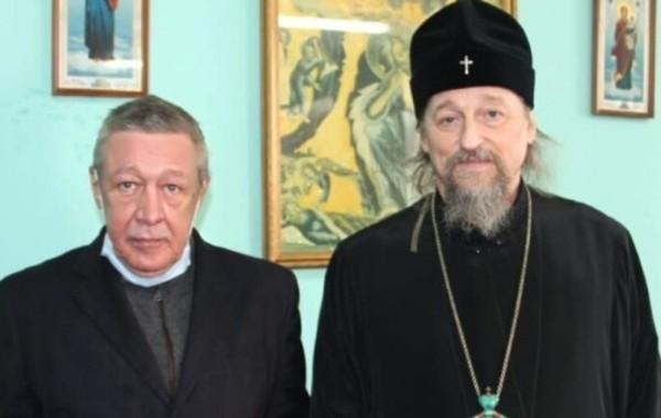 В СИЗО Михаила Ефремова навестил митрополит