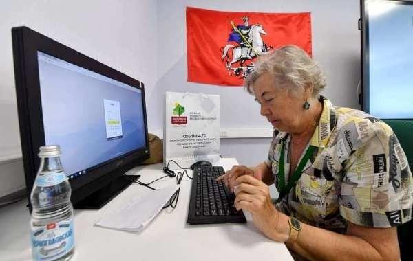 В Госдуме пообещали вернуть индексацию работающим пенсионерам