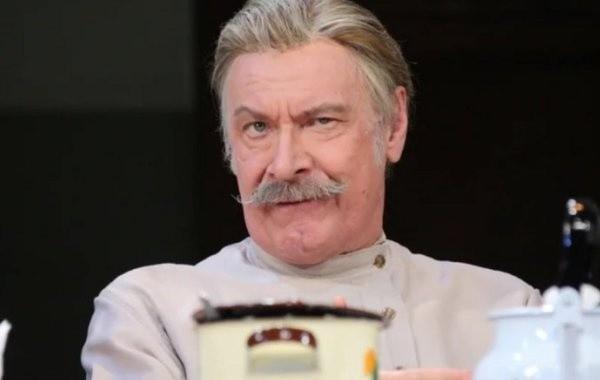 Названа предварительная причина смерти актера Александра Самойлова