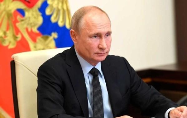 Путин пообещал рассмотреть вопрос индексации пенсий работающих пенсионеров