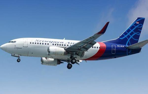 В Индонезии разбился самолет, на борту которого было 65 человек