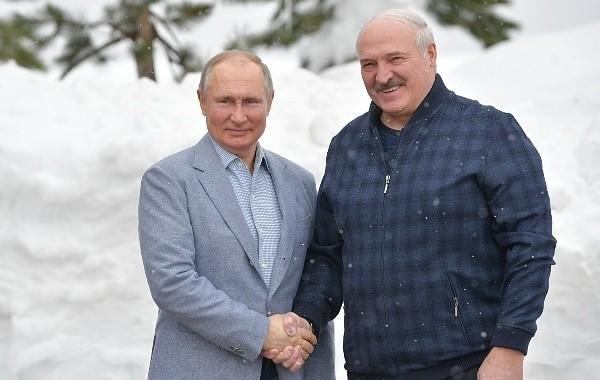 Путин и Лукашенко провели переговоры в Сочи