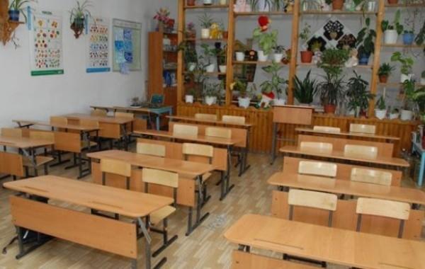 Россиянам разъяснили, будут ли работать школы и детсады во время майских праздников