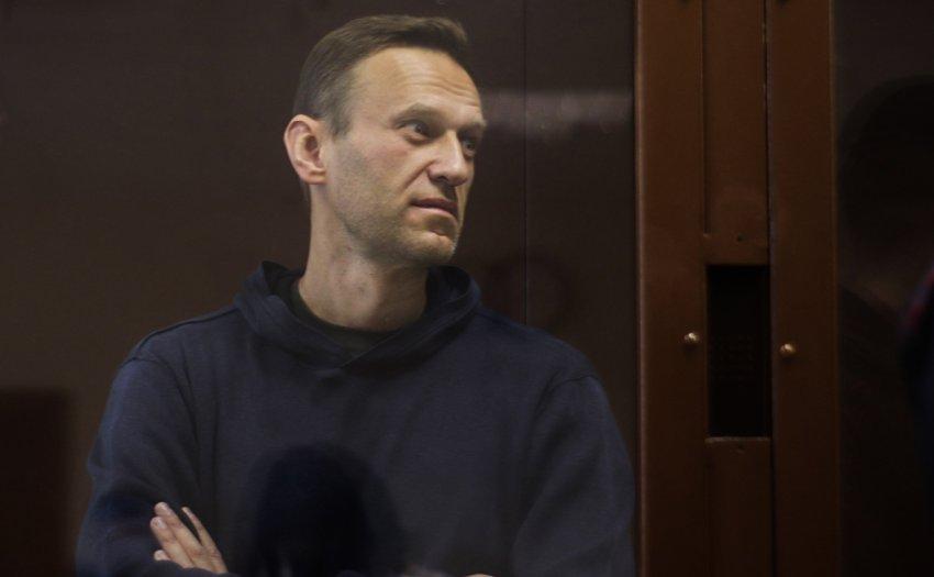 Радикальный политический жест: Навальный впервые в жизни объявил голодовку