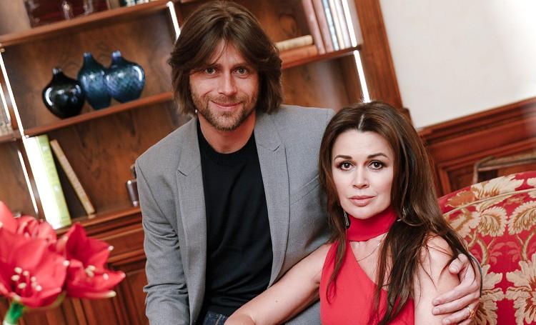 «Окружена любовью»: как себя чувствует звезда «Моей прекрасной няни» Анастасия Заворотнюк