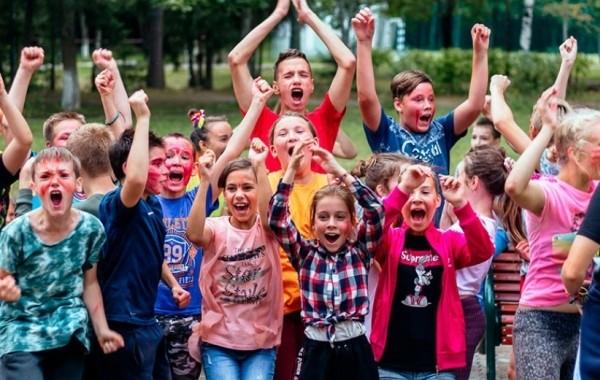 Разъяснен вопрос о возврате 50% от покупки путевки в детский лагерь