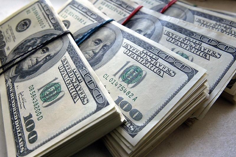 Россия не откажется от доллара как от резервной валюты – Путин