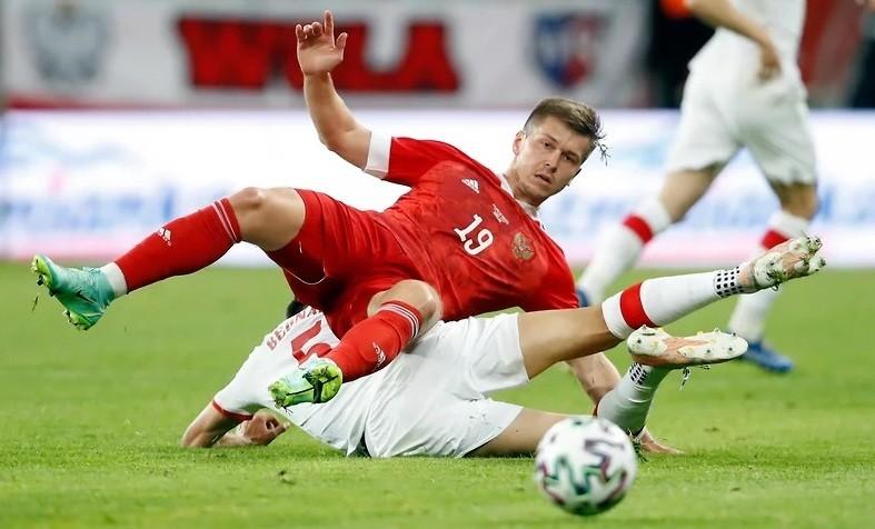 Какие футбольные сборные играют на чемпионате Европы 20 июня 2021 года