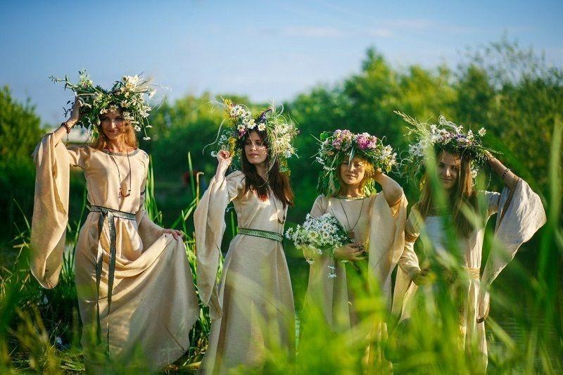 День Иван Купала по старому стилю отмечают 24 июня
