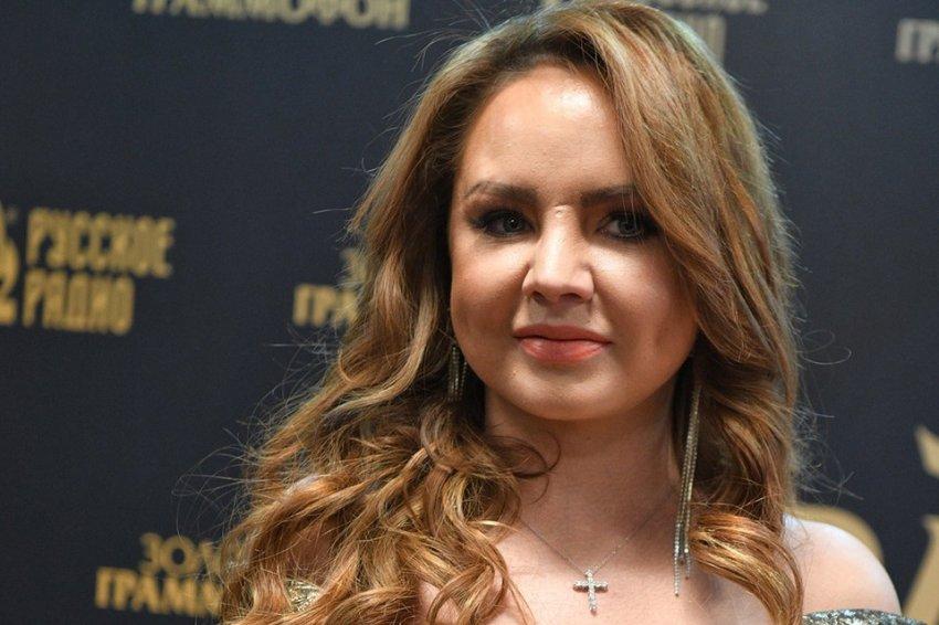 Автор хита «Знаешь ли ты», певица МакSим находится в состоянии искусственной комы