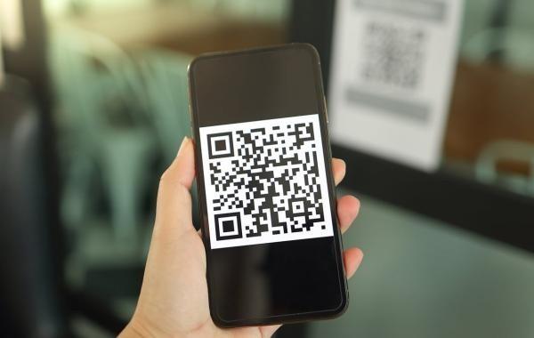 В Москве отменяют систему QR-кодов для ресторанов и баров