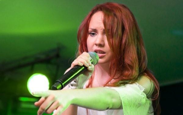 Ясновидящий раскрыл будущее тяжелобольной певицы МакSим