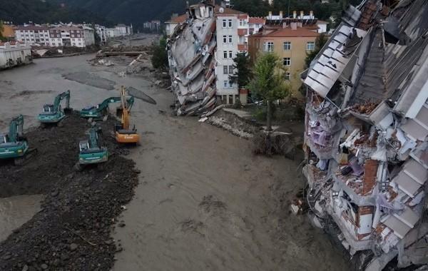 В Турции вновь увеличилось количество погибших в результате наводнений