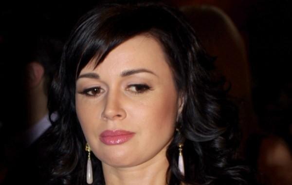 Телеведущий рассказал о текущей жизни Анастасии Заворотнюк