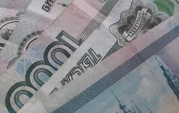 Военные пенсионеры жалуются, что им не перечислили по 10 тысяч рублей